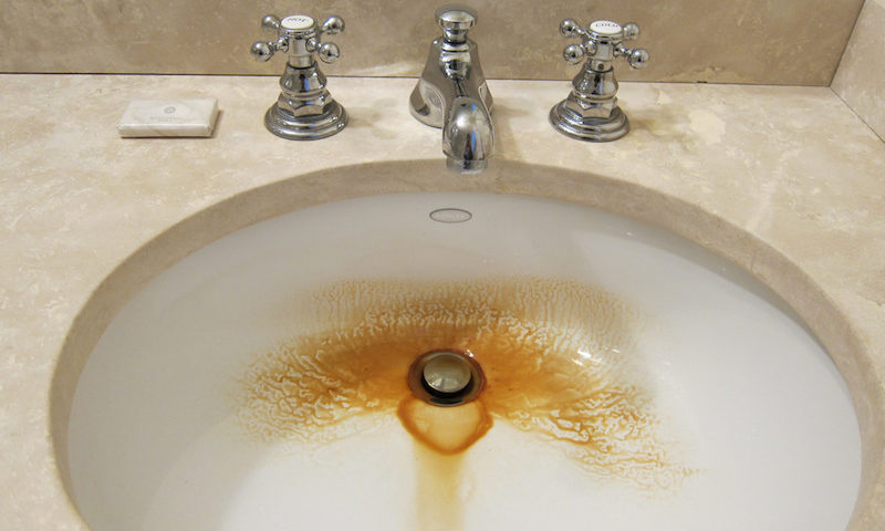 Removing Rust Stains From Sinks Tubs And Toilets
